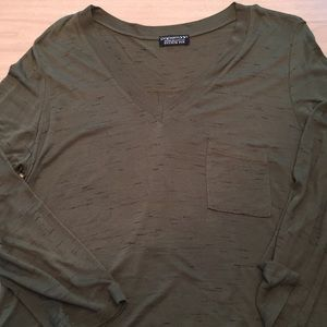Papermoon Tops - Stitch Fix Papermoon Green Tunic Tee